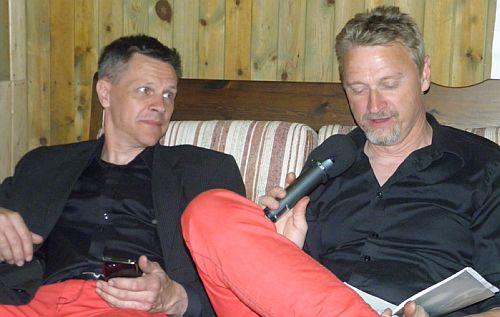 Mikael intervjuer Hans
