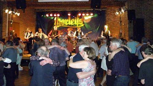 Många dansade till Thorleifs denna kvällen