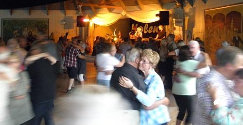 Dans till Holens i Degerfors