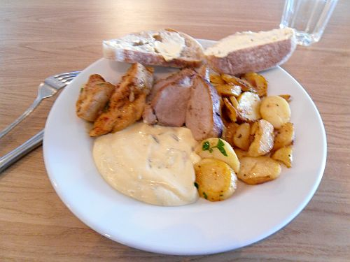 Lunch på Mastis