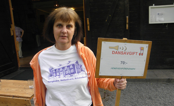Nina Fyhr från hembygdsföreningen
