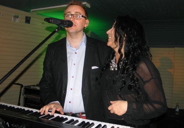 Åsa och Arne i duett