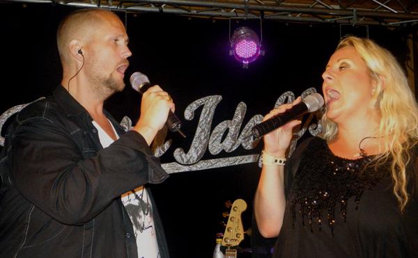Markus och Lotta bjuder på smäktande tongångar