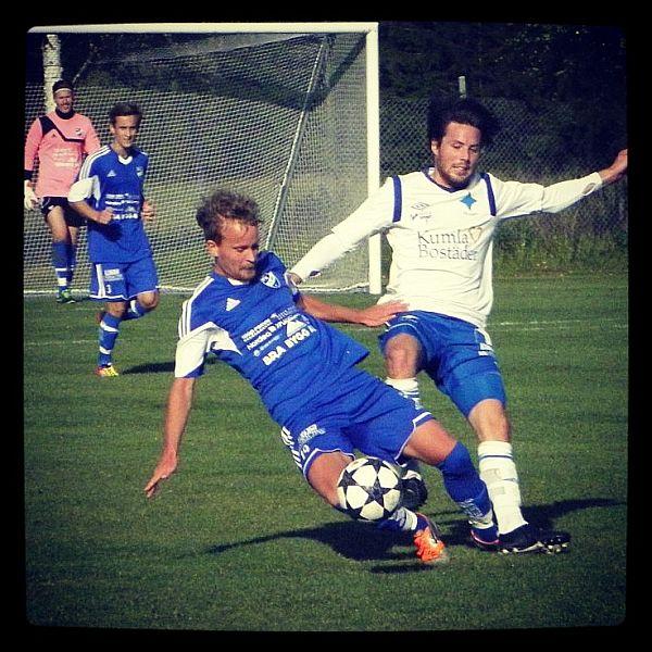 Matchbild från matchen IFK Ölme - IFK Kumla