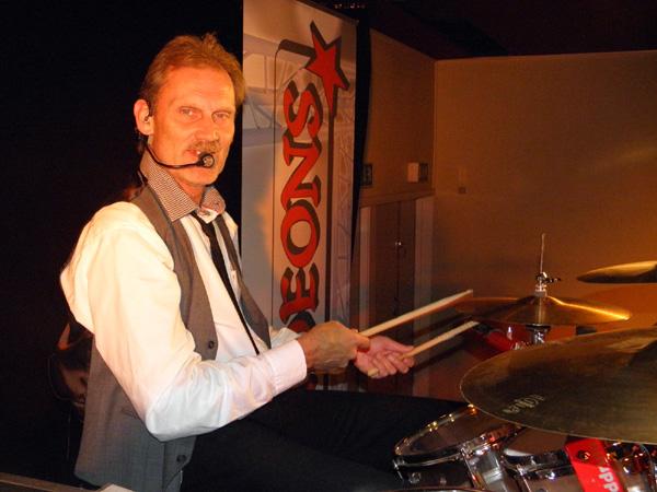 Nisse och hans trummor
