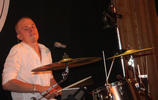 Duktiga Xerxes på trummor