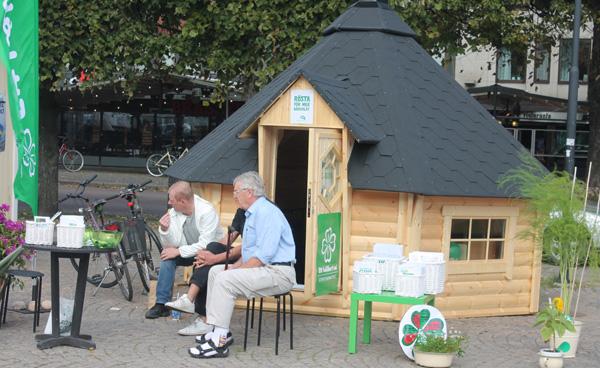 Glömde tyvärr ta kort på Centerpartiets monter i Filipstad så jag bjuder er på en bild från Karlstad