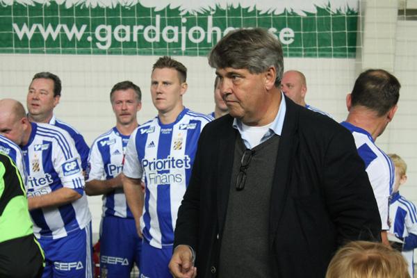 Thomas Wernerson med IFK spelare