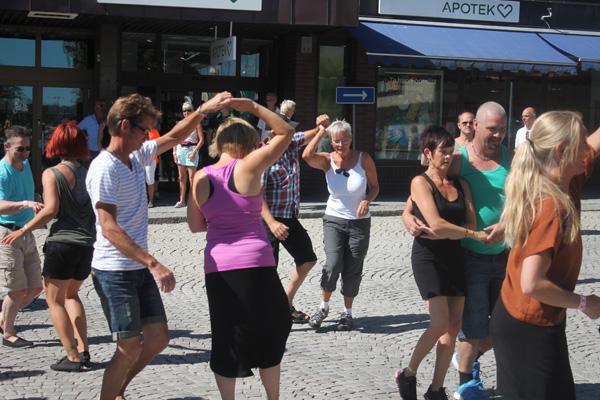stfpdansen15dansastan04