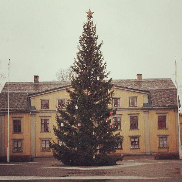 Torget Kristinehamn. #kristinehamn #julgran